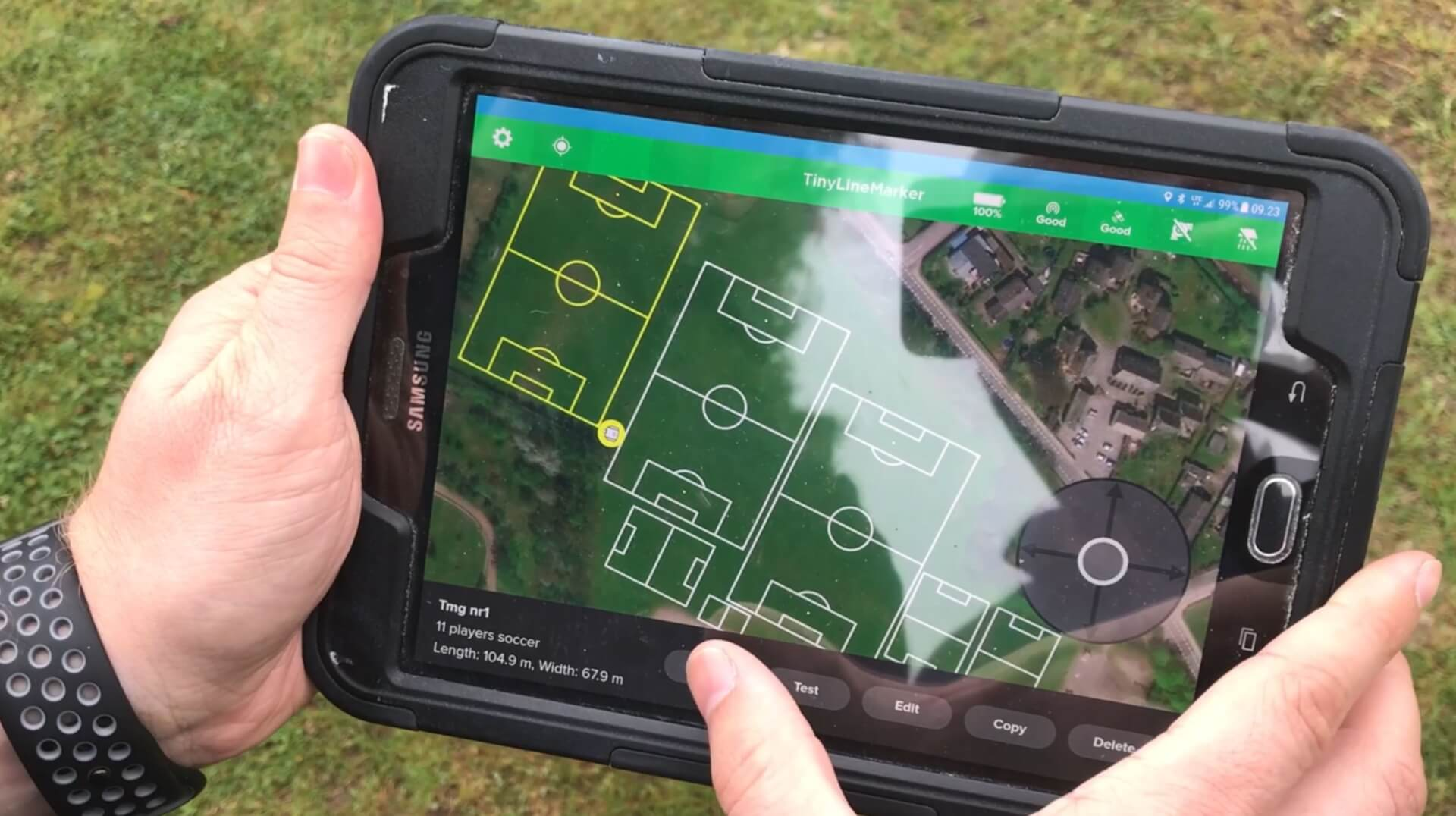 User-friendly tablet interface for robot sports line marking