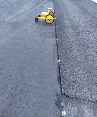 TinyPreMarker robot for road premarkings