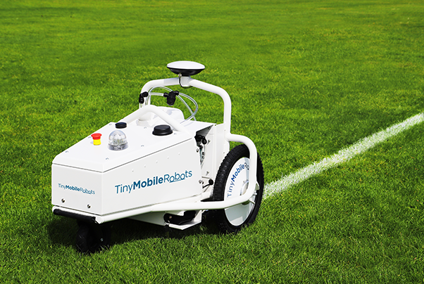 Sports line marking robot